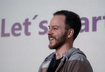 Sascha Rudolph leading a workshop on startup teams in Stuttgart